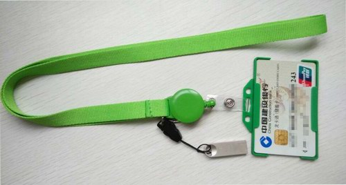 badge reel with flash drive and card